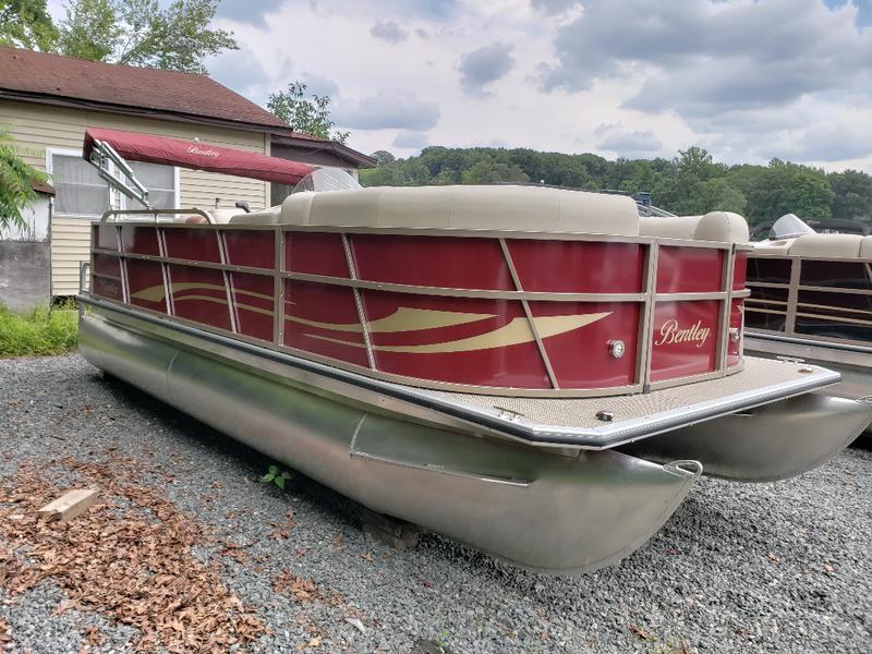 Pontoon Boats Bentley Pontoon Boats Hampton Pontoon Boats